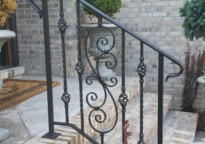 E37 Exterior Aluminum Basket Weave With Scroll Insert