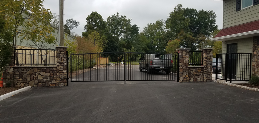 EG 9 Exterior Entrance Gate