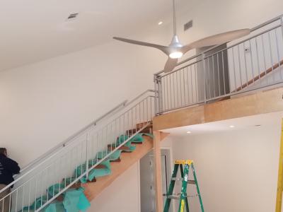 I 7 Interior Stairway Railing
